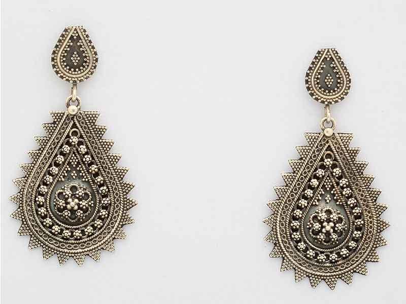 Antique Jewellery 10