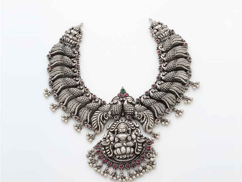 Antique Jewellery 31